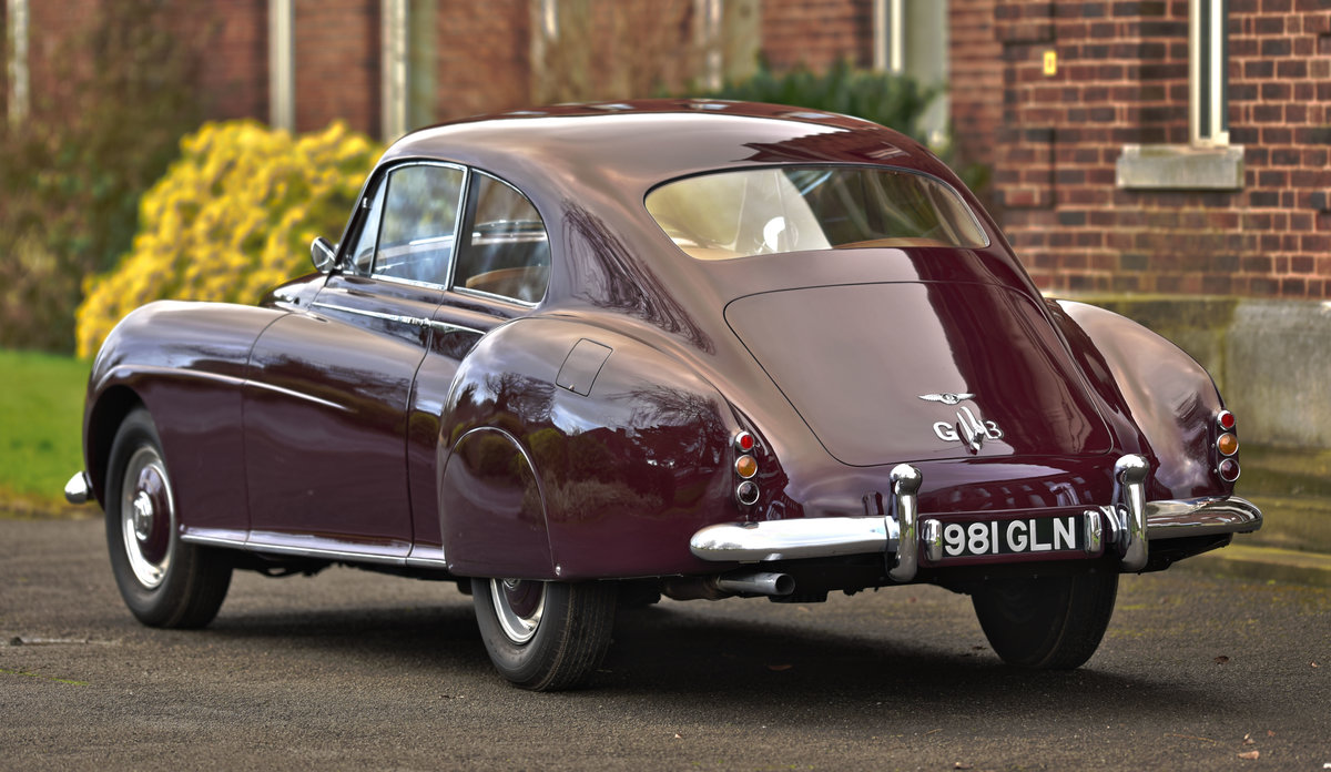 1955 Bentley R type Continental Fastback by H.J. Mulliner For Sale (picture 1 of 6)