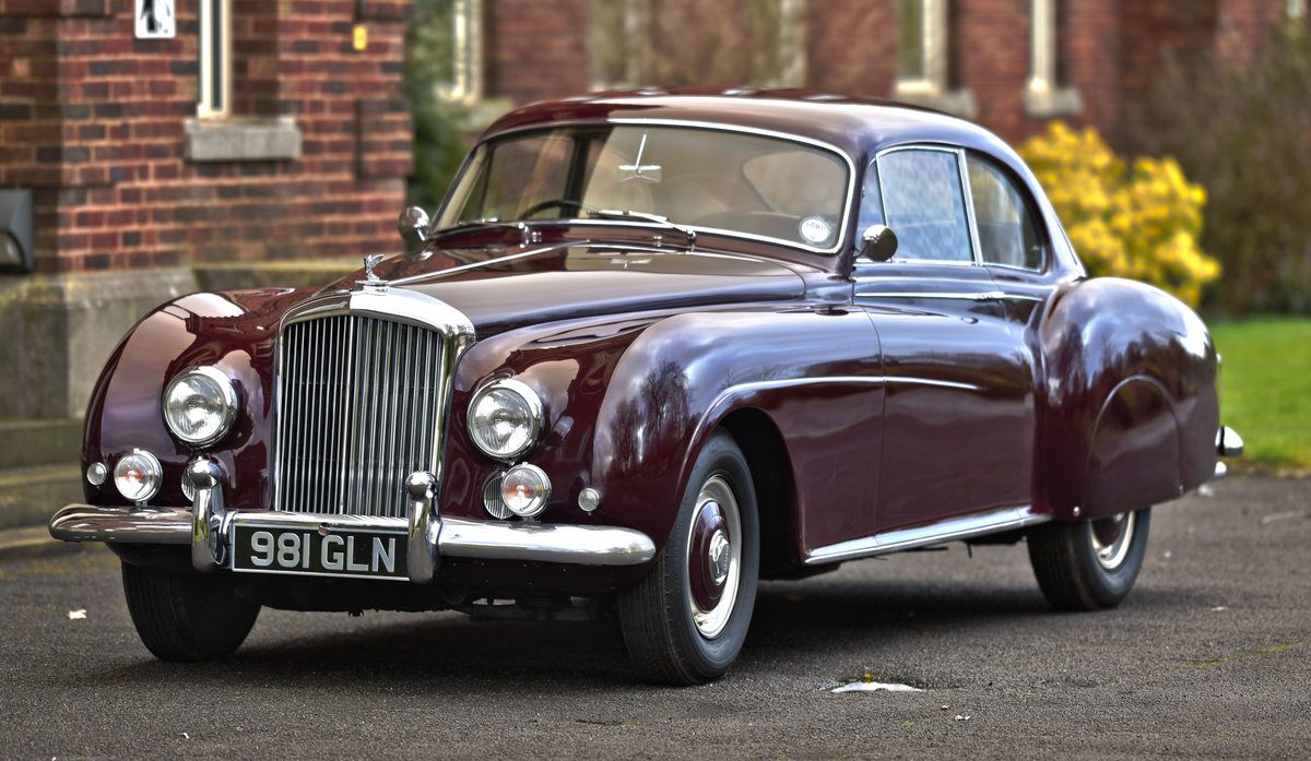 1955 Bentley R type Continental Fastback by H.J. Mulliner For Sale (picture 3 of 6)