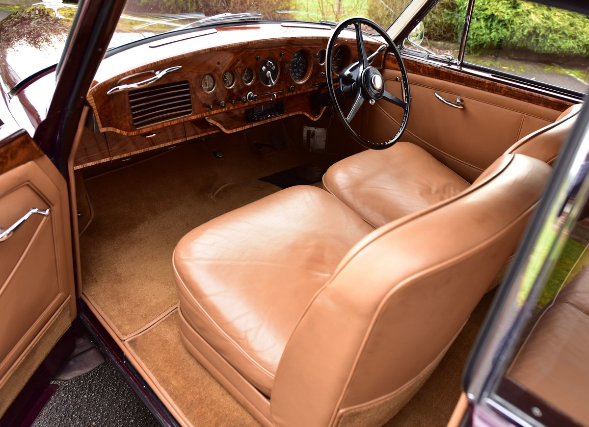 1955 Bentley R type Continental Fastback by H.J. Mulliner For Sale (picture 6 of 6)