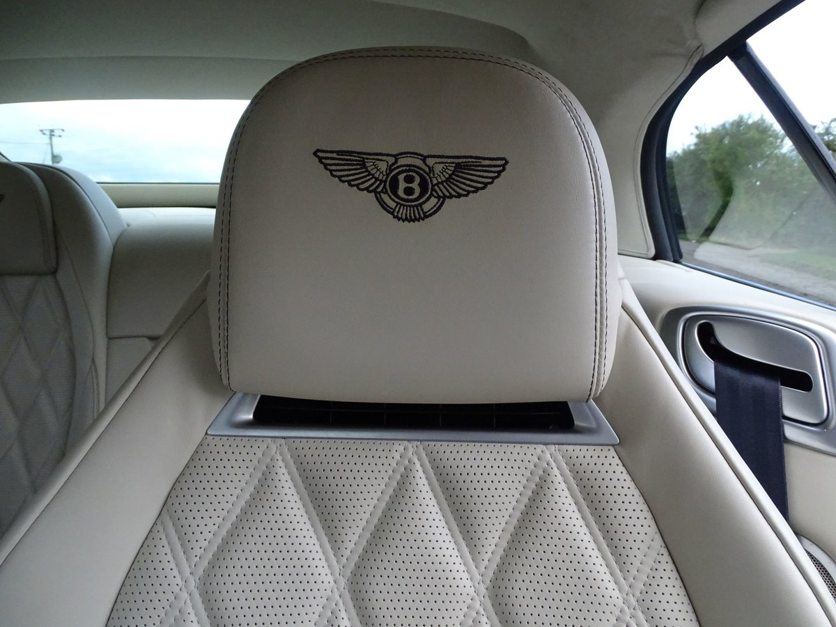 201463 Bentley CONTINENTAL GTC SOLD (picture 8 of 20)