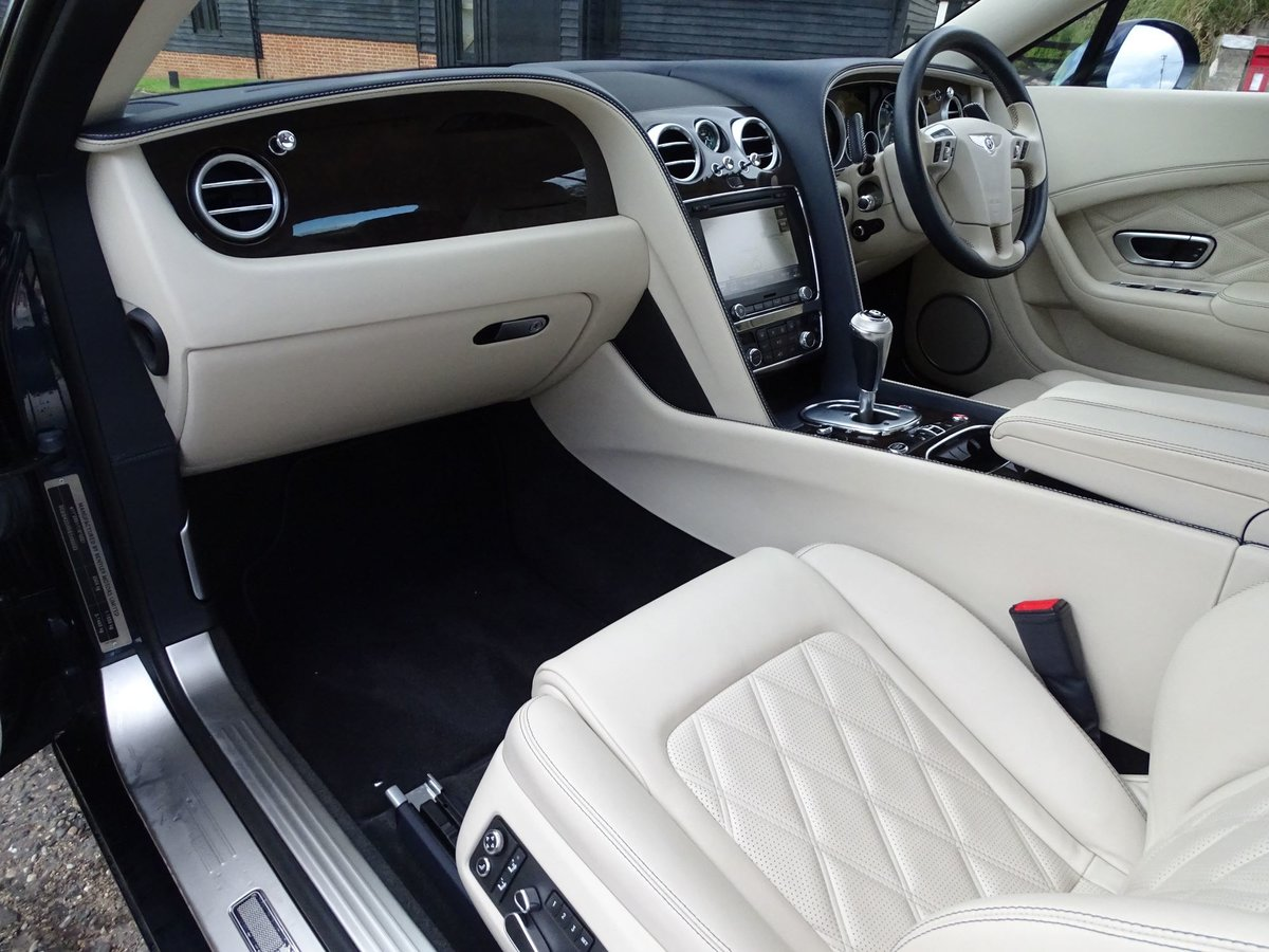 201463 Bentley CONTINENTAL GTC SOLD (picture 11 of 20)