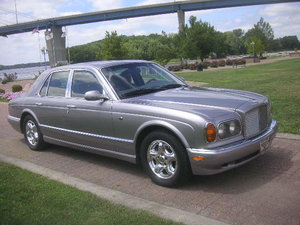 Picture of 1999 Bentley Arnage 4dr Sedan with 29,000 original miles For Sale
