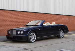 Bentley Azure Convertible (RHD)