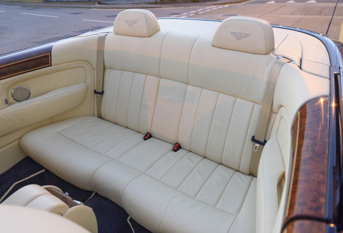 2006 Bentley Azure Convertible (RHD) For Sale (picture 21 of 23)