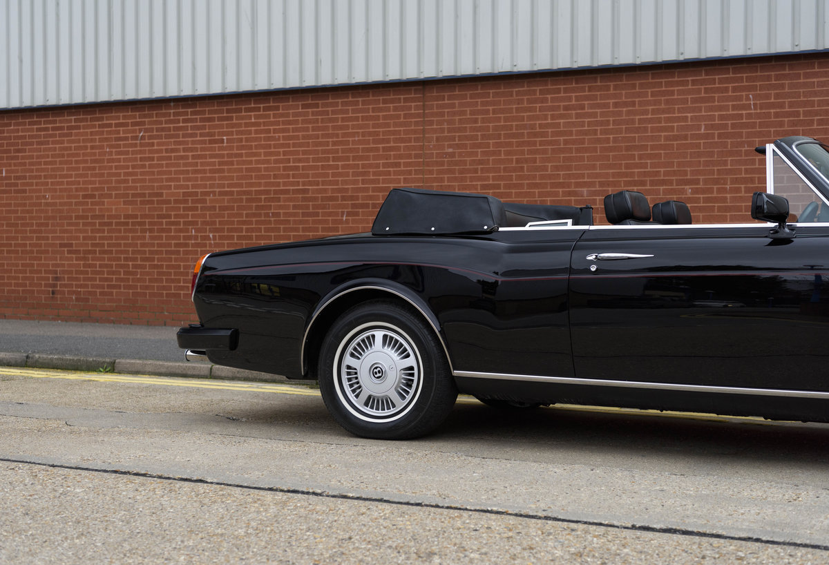 1988 Bentley Continental Convertible (RHD) For Sale (picture 12 of 31)
