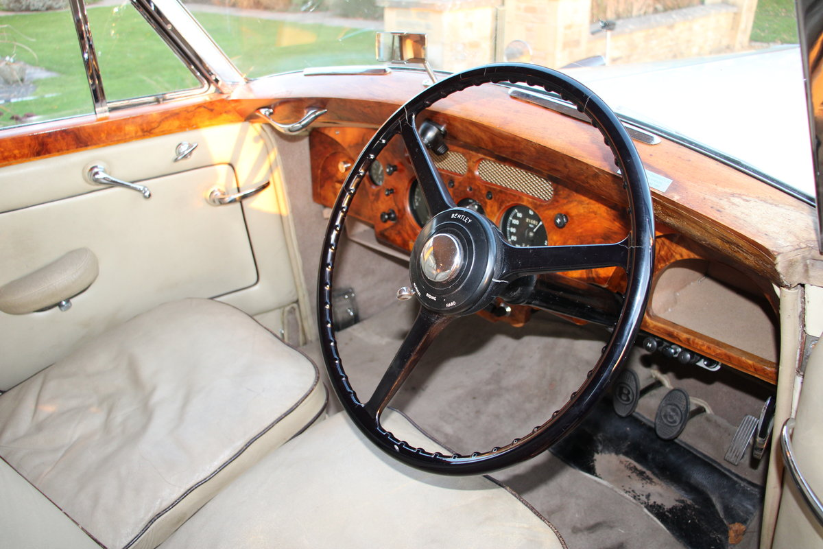 1954 BENTLEY R TYPE MANUAL FREESTONE AND WEBB For Sale (picture 8 of 19)