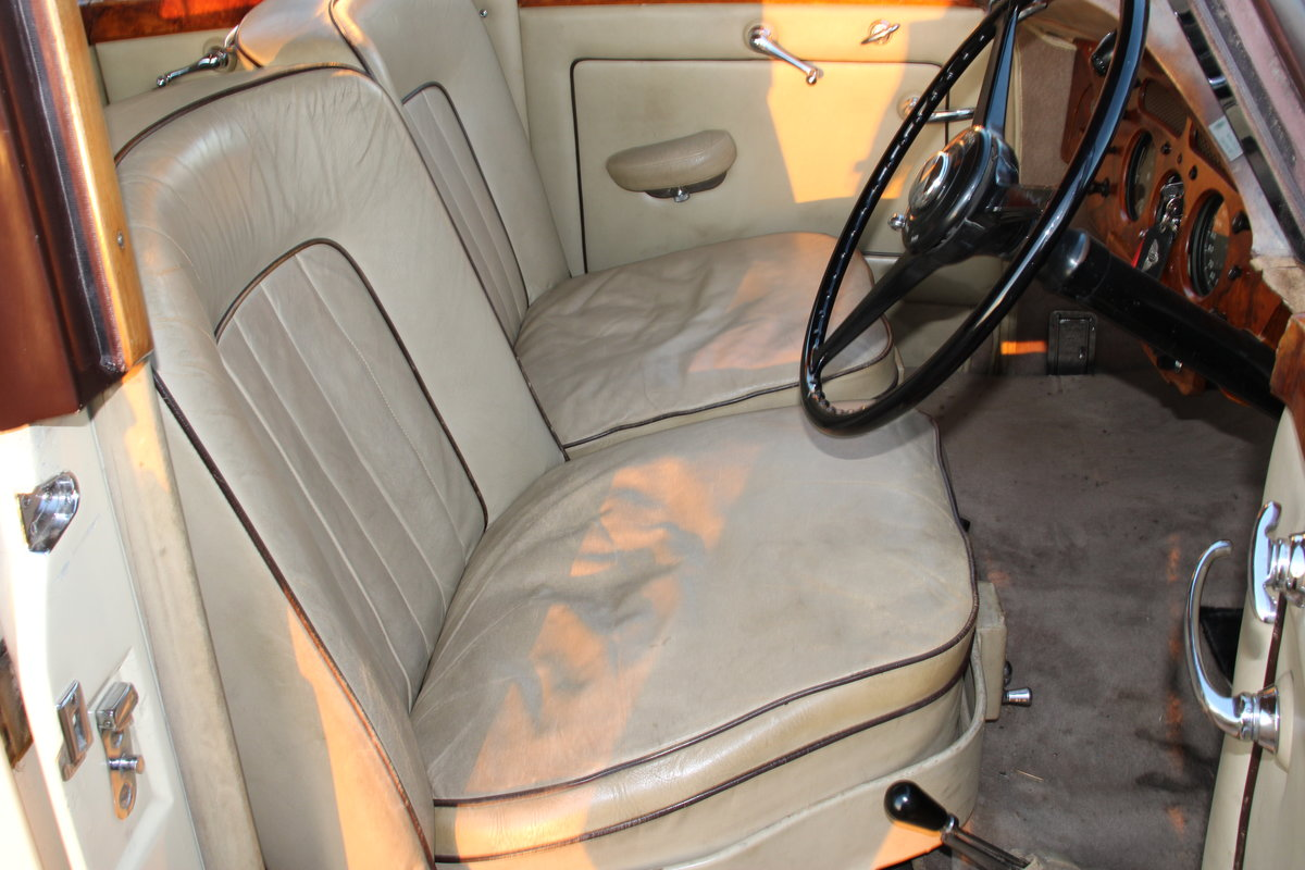 1954 BENTLEY R TYPE MANUAL FREESTONE AND WEBB For Sale (picture 9 of 19)
