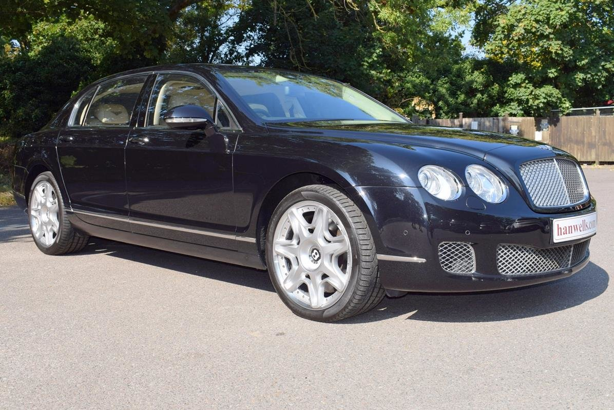 2010/60 Bentley Flying Spur Mulliner in Onyx For Sale (picture 1 of 6)