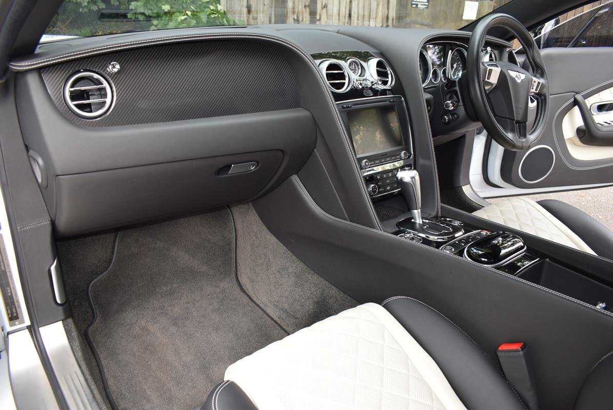 2018 Bentley Continental GT Mulliner V8S 4.0 Onyx Concept GT For Sale (picture 2 of 6)