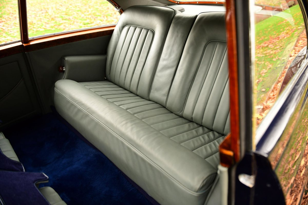 1957 BENTLEY S1 CONTINENTAL MANUAL FASTBACK BY H.J. MULLINER For Sale (picture 5 of 6)