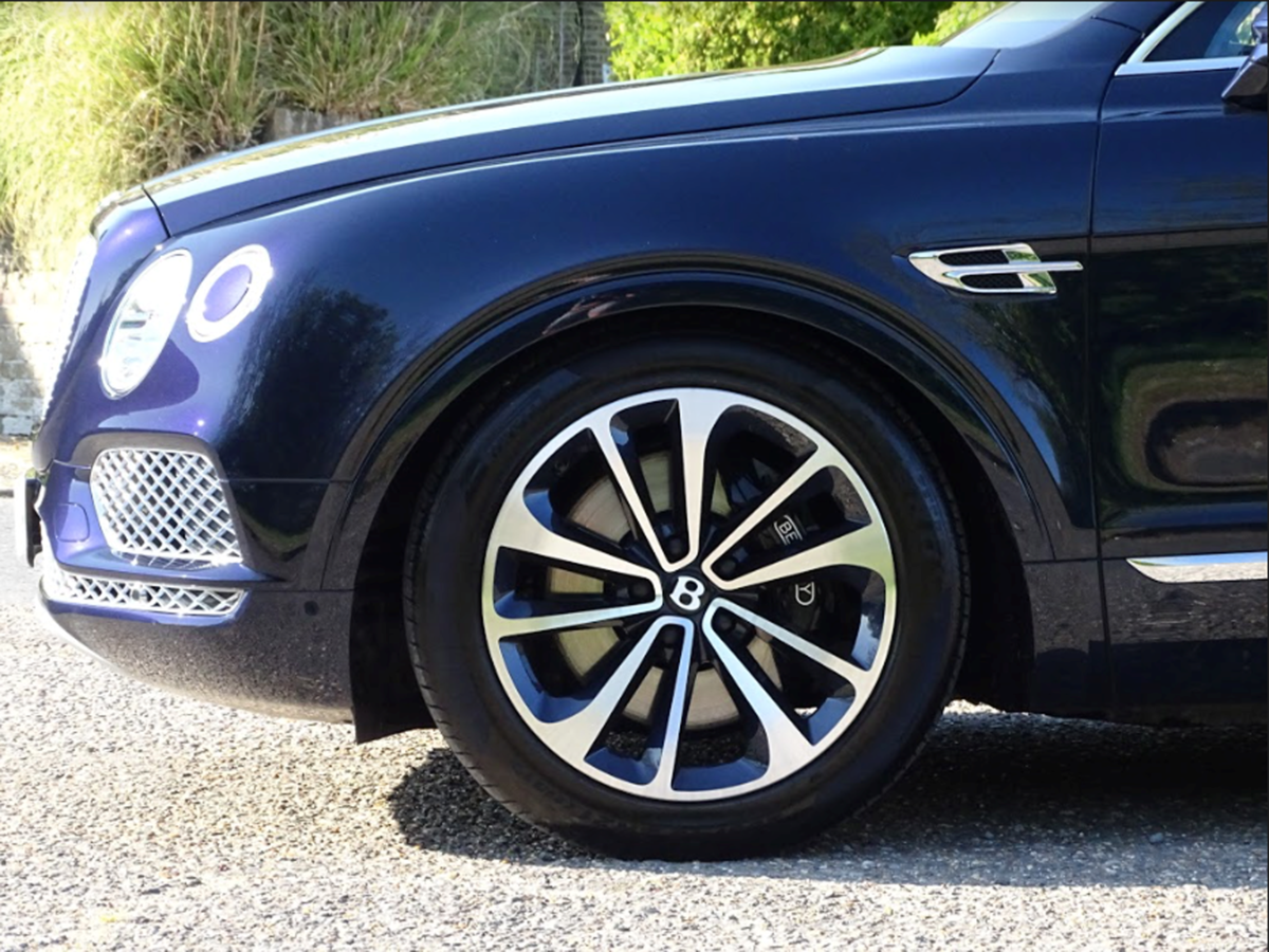 2017 Bentley BENTAYGA For Sale (picture 4 of 20)