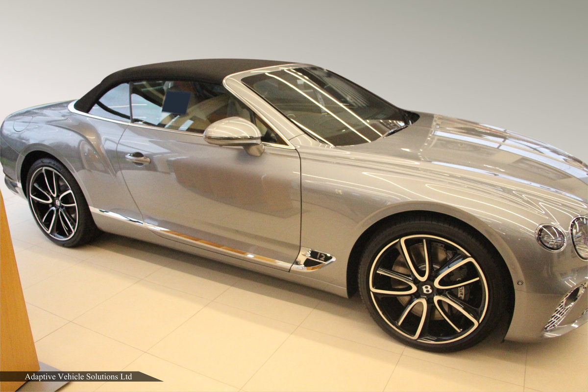 2021 Save £16000 Bentley Continental GTC W12 inc Touring Spec For Sale (picture 2 of 4)