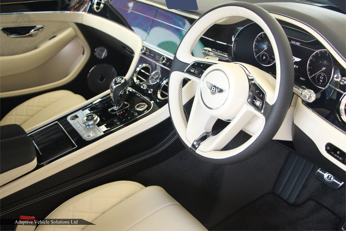 2021 Save £16000 Bentley Continental GTC W12 inc Touring Spec For Sale (picture 3 of 4)