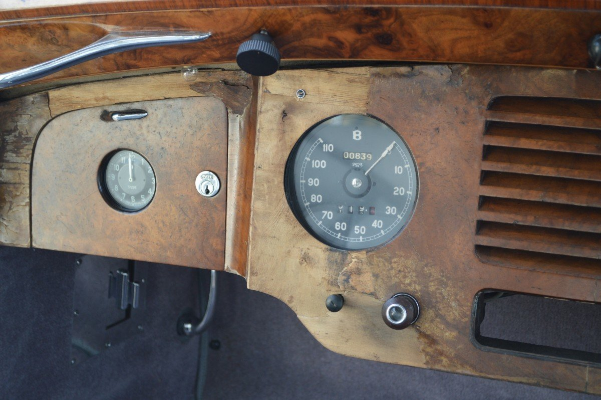 1952 Bentley Mk VI saloon by James Young For Sale (picture 12 of 12)