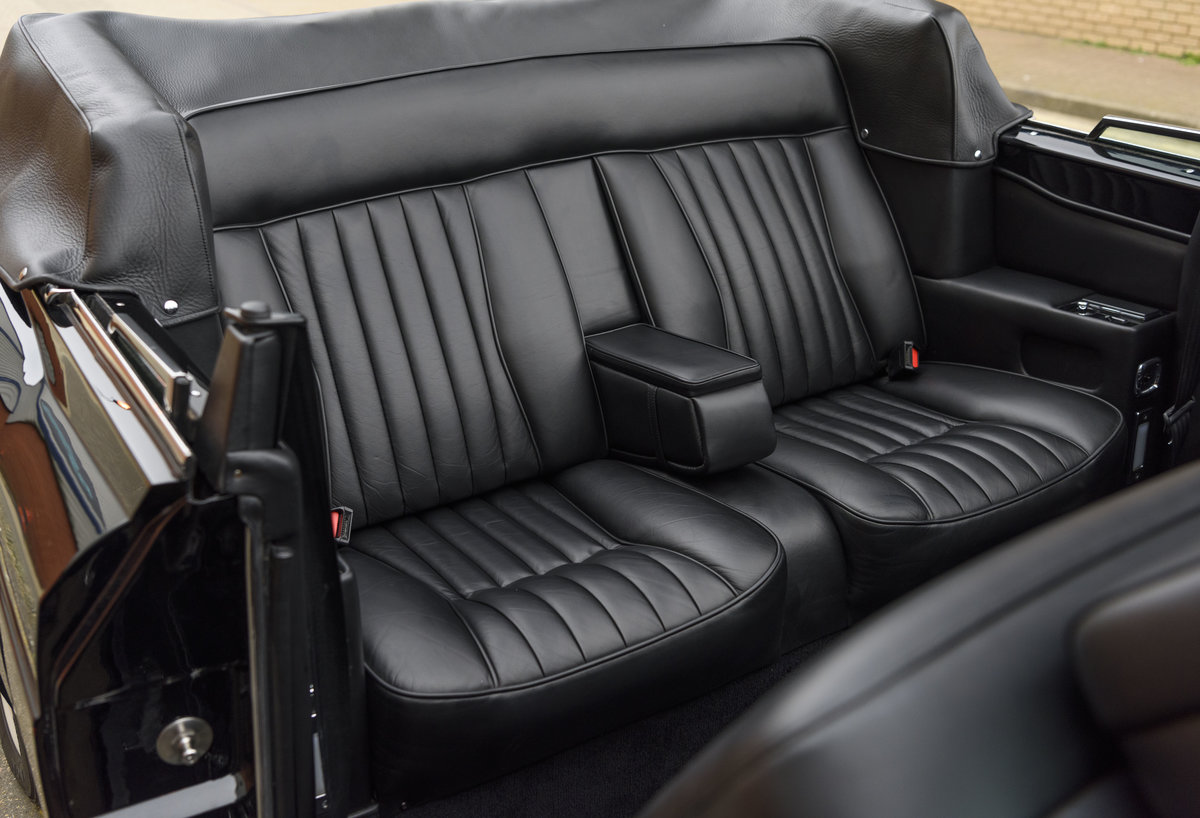 1988 Bentley Continental Convertible (RHD) For Sale (picture 26 of 31)