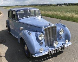 Picture of 1949 BENTLEY MK6 SPORTS SALOON - HUGE EXTENSIVE RESTORATION For Sale