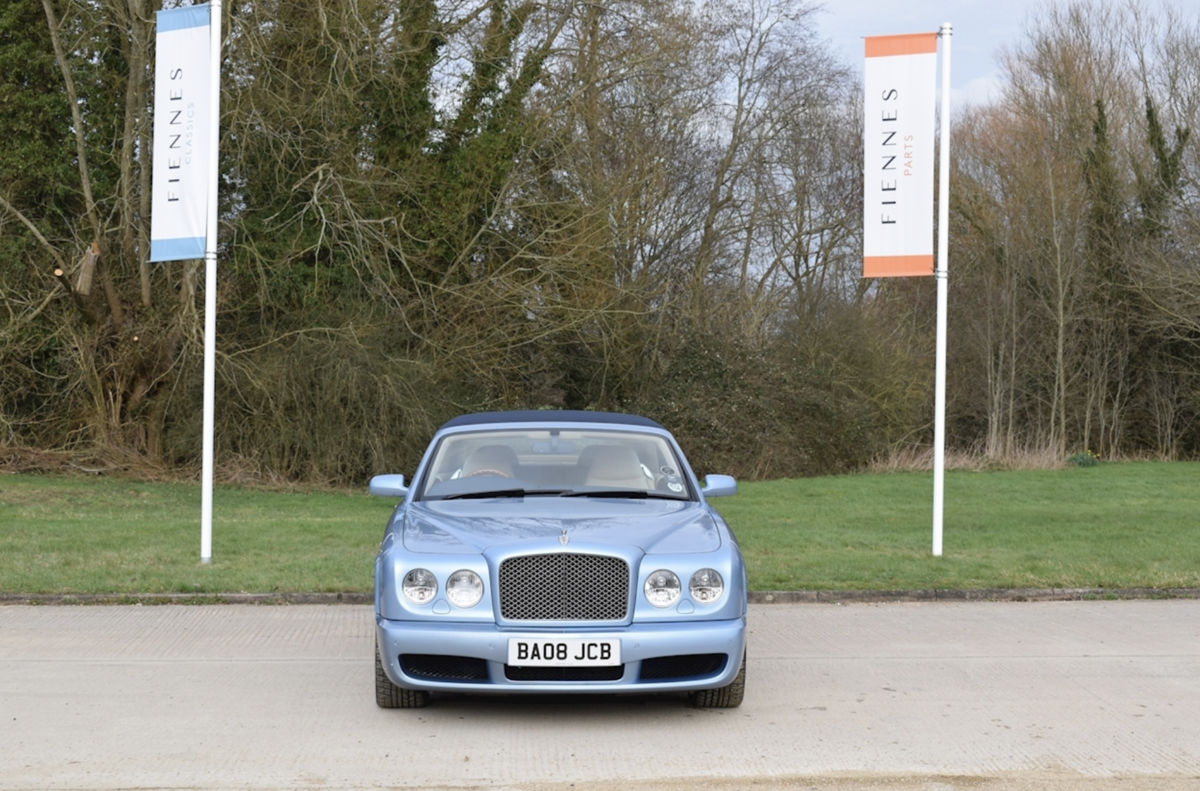 2008 Award-winning Bentley Azure Convertible For Sale (picture 2 of 8)