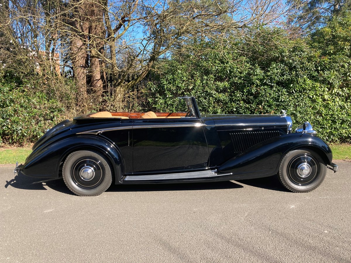 1938 Bentley 4 1/4 Litre Concealed Drophead Coupe by H.J.Mulliner For Sale (picture 1 of 3)