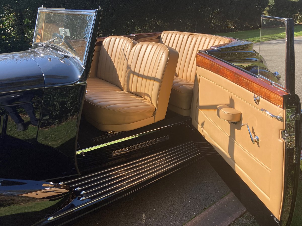 1938 Bentley 4 1/4 Litre Concealed Drophead Coupe by H.J.Mulliner For Sale (picture 3 of 3)
