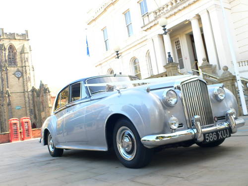 1958 Bentley for Weddings with Chauffeur For Hire (picture 2 of 6)