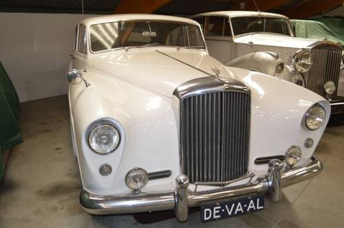 1956 Bentley S1 / Freestone & Webb For Sale (picture 1 of 6)