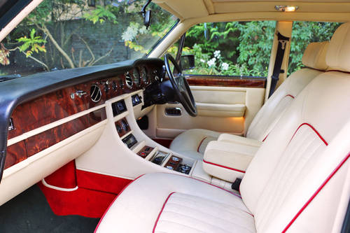 1986 Bentley Turbo For Self Drive and Wedding Hire For Hire (picture 3 of 6)