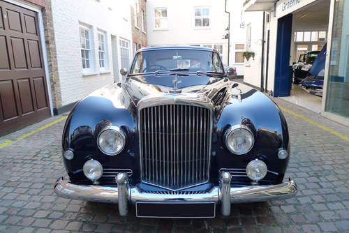 Bentley S1 Continental Fastback by H. J. Mulliner 1957 For Sale (picture 5 of 6)