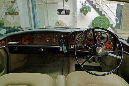 1963 Bentley S3 Continental by Park Ward - Under Offer SOLD (picture 2 of 6)