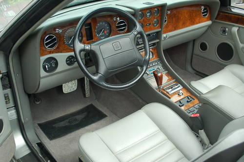 Bentley Azure LHD 1997 - UK registered For Sale (picture 5 of 6)