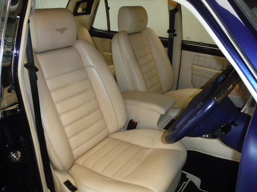 1998 Bentley Brooklands R Number 3 of 100 produced For Sale (picture 3 of 6)