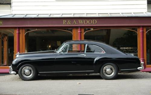 Bentley S1 Continental 1957 2-door Fastback by H.J.Mulliner For Sale (picture 2 of 3)