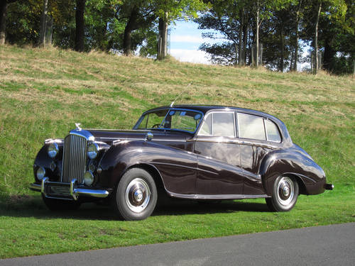 1952 Bentley MK VI (H.J.Mulliner Light Body) For Sale (picture 2 of 5)