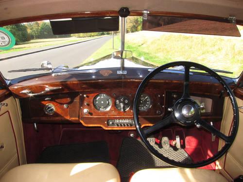 1952 Bentley MK VI (H.J.Mulliner Light Body) For Sale (picture 5 of 5)
