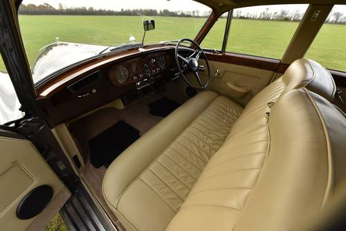 1960 Bentley S2 Saloon SOLD (picture 5 of 6)