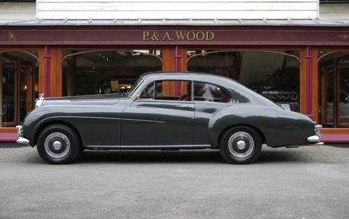 Bentley R-Type Continental 1955 Fastback by H.J. Mulliner For Sale (picture 2 of 3)
