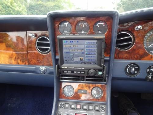 1997 BENTLEY AZURE JACK BARCLAY SPECIAL Mulliner Park Ward For Sale (picture 5 of 6)