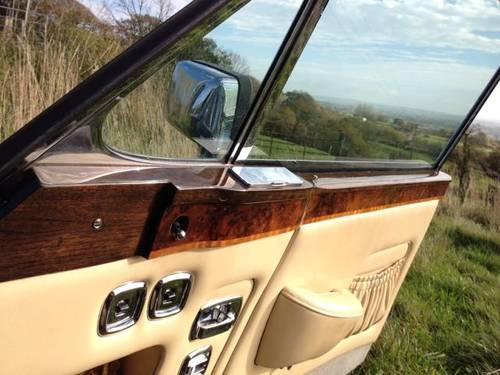 1976 Rolls-Royce / Bentley Corniche Series 1A SOLD (picture 5 of 6)