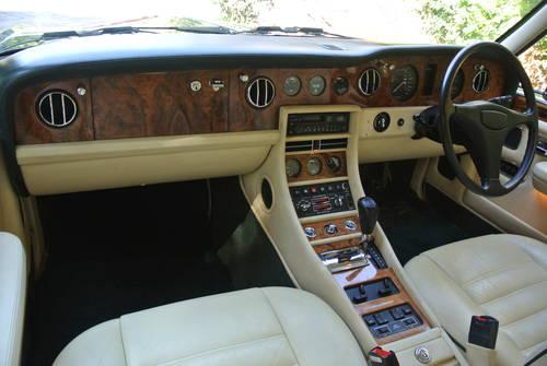 1993 BENTLEY TURBO R MK III  SOLD (picture 4 of 6)