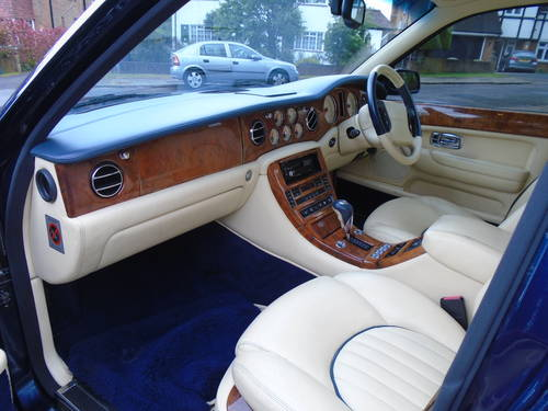 Bentley Arnage Red Label 2000 X Reg   66800 Miles Top Spec SOLD (picture 3 of 6)