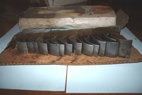1953 Set RH2088 4.5 +10 NOS Main Bearings For Sale (picture 1 of 4)