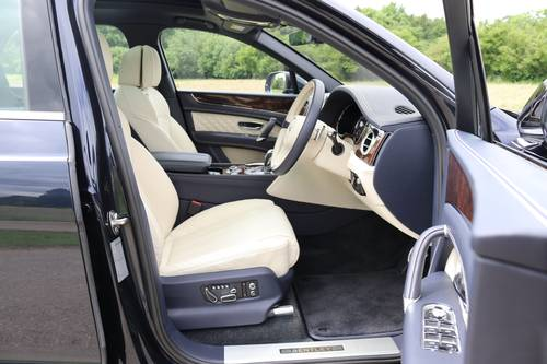 2016 BENTLEY BENTAYGA W12 For Sale (picture 3 of 6)