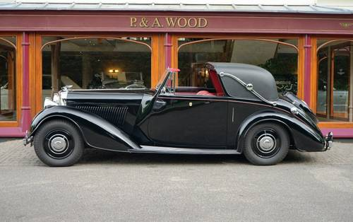 Bentley 4¼ Litre MX 1939 Sedanca Coupé by Thrupp & Maberly For Sale (picture 2 of 3)