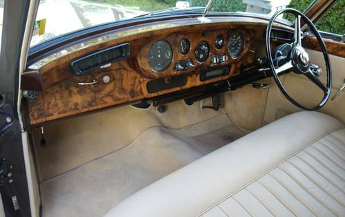 Bentley S2 1962 Standard Saloon For Sale (picture 3 of 3)