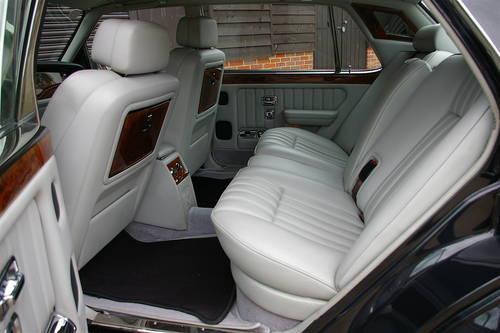 1998 Bentley Brooklands 6.8 LPT LWB (36,924 miles) SOLD (picture 5 of 6)