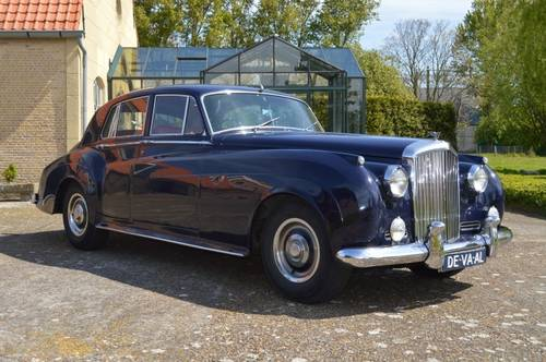 1959 Bentley S1 saloon For Sale (picture 1 of 6)