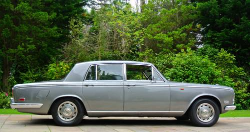 1971 BENTLEY T1 Saloon       Low ownership and History from new! SOLD (picture 2 of 6)