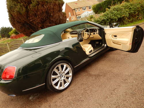 2008 STUNNING GTC rarely found in BRG with Magnolia -- Mulliner  SOLD (picture 1 of 6)