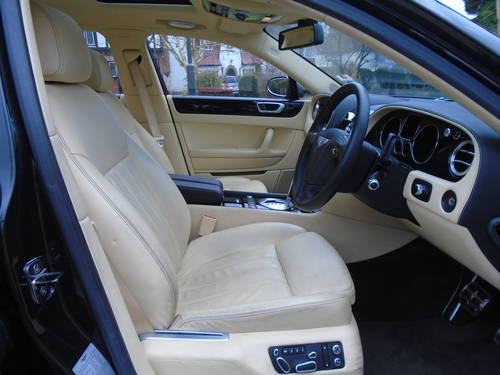 2008 BENTLEY FLYING SPUR 08/58 REG ONLY 5,620 MILES  SOLD (picture 3 of 6)