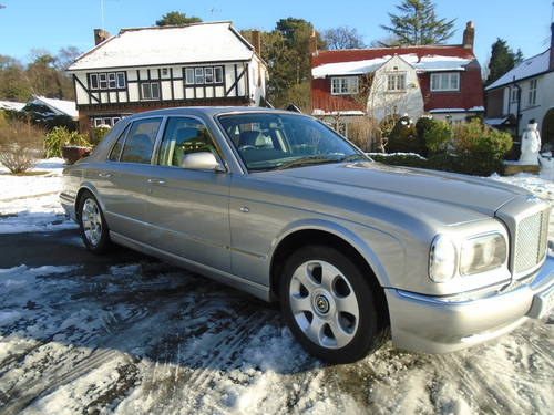 1998 BENTLEY ARNAGE GREEN LABEL 1999 MDL 62,200 MILES SOLD (picture 1 of 6)
