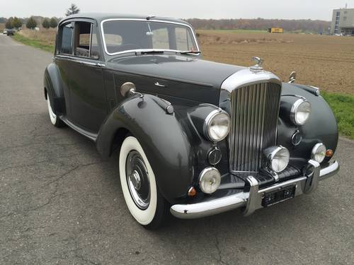 1955 BENTLEY MK VI Saloon RHD For Sale (picture 1 of 6)
